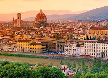 Photo of Florence, Italy at dawn