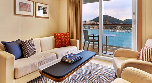 Penthouse Junior Suite stateroom living area